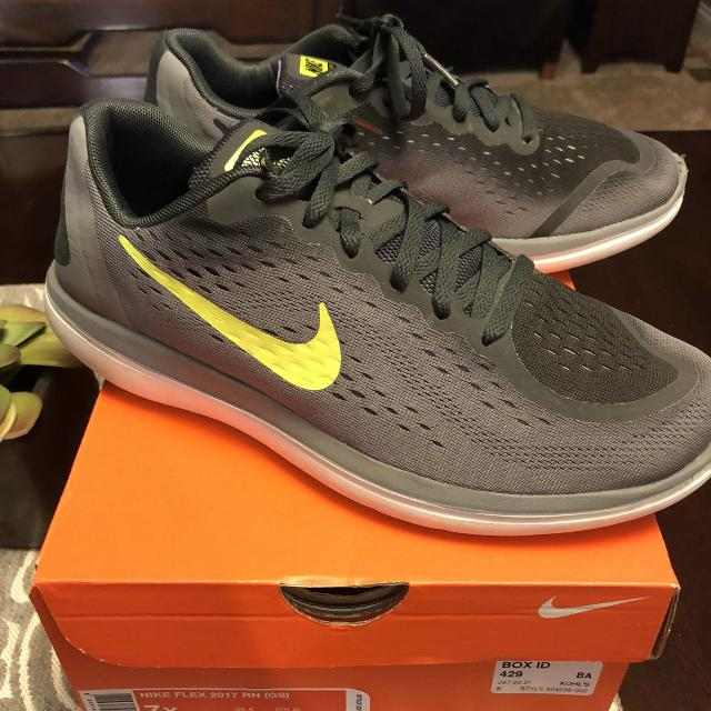 44240c4ca5233 Find more Boys Nike Shoes for sale at up to 90% off