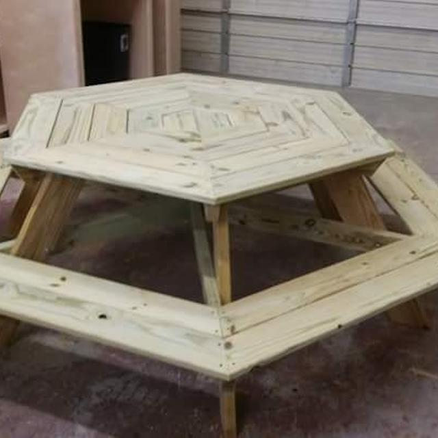 Best Hexagon Picnic Tables For Sale In Brazoria County Texas For - Hexagon picnic table for sale