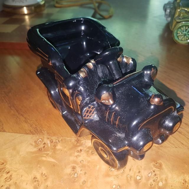 Best Beautiful Black Pottery Car Vase Or Small Planter 4 By 65 By