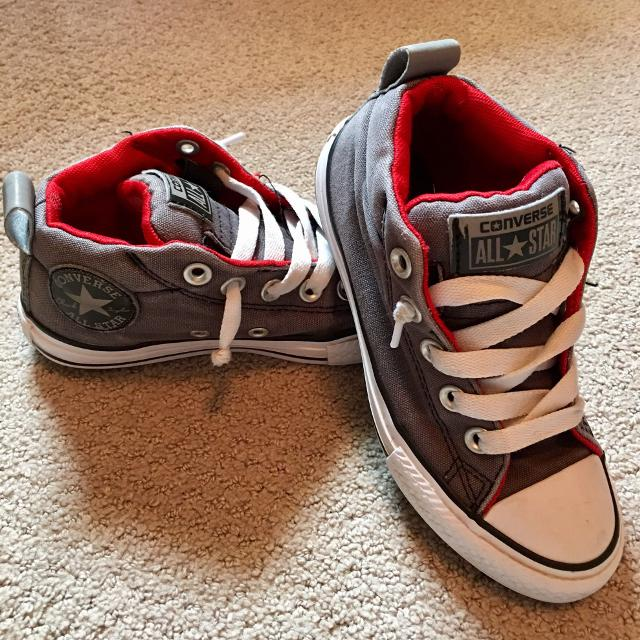 ae9f2e5fffc902 Find more Boys Converse No Lace Low Top Size 13 for sale at up to 90 ...