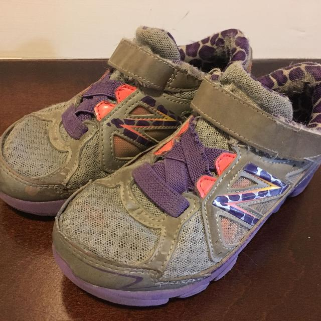 cb1e34ae1e705 Best New Balance Girls Size 11 - Prompt Pick Up Please for sale in Airdrie,  Alberta for 2019