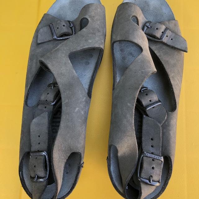 a74176a7aadf3e Find more Mephisto Sandals Women's Size 11 for sale at up to 90% off