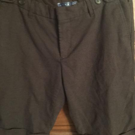 c532677e5fd Old Navy Woman's Brown Stretch Dress Shorts Size 10 $8 Must PU In McDonough