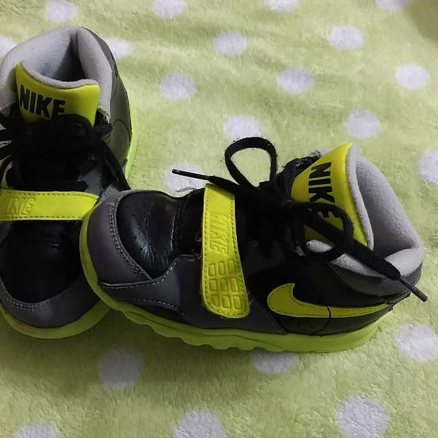 5fdff750a5df96 Best Toddler Boys High Top Nikes Black Grey Neon Yellow Size 8 She Is In  Great Condition for sale in Hendersonville