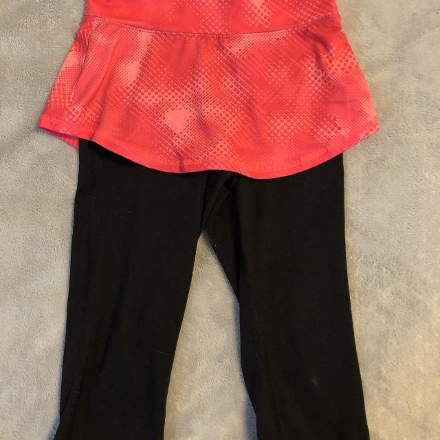 89faca06c1 Find more Old Navy Skirt Leggings Size 6 7 Price For Both for sale ...