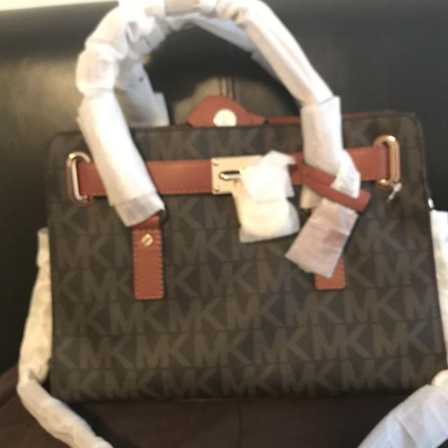 6d5596e28ff0 Best Real Michael Kors Handbag for sale in Huntersville, North Carolina for  2019