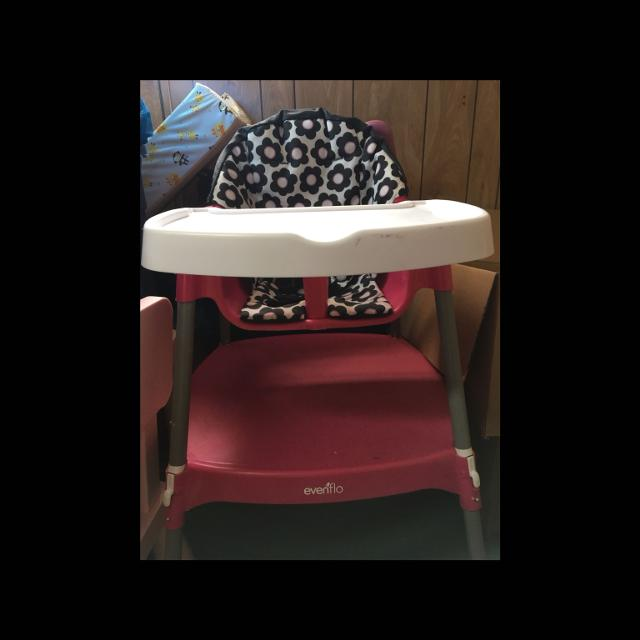 Best High Chair That Converts To Table And For In Winnipeg Manitoba 2019