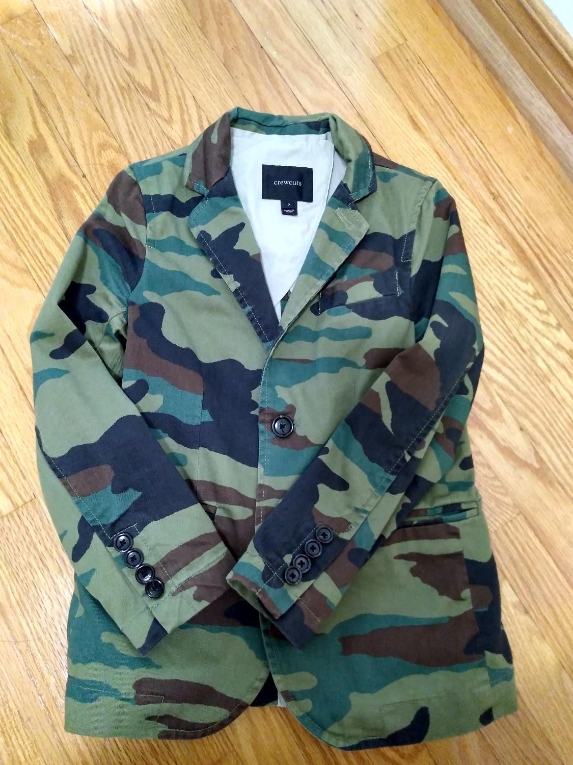 56b2a15a8533d Find more Jcrew Boys Cotton Camo Blazer Size 7 for sale at up to 90% off