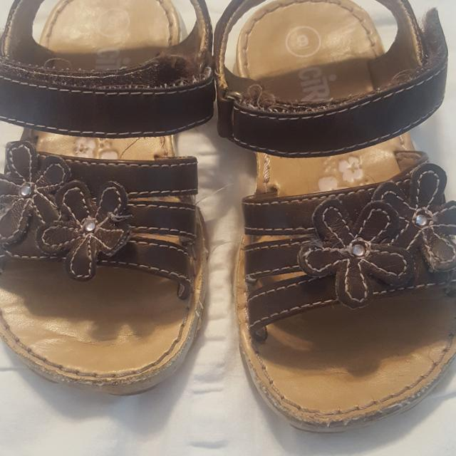 372cadcbc0a0 Find more Circo Toddler Girl Size 9 Sandals. Gallatin for sale at up ...