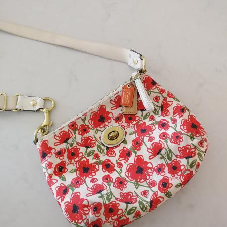 547e9cfcc29 Best New and Used Baby   Kids Purses, Jewelry   Accessories near ...