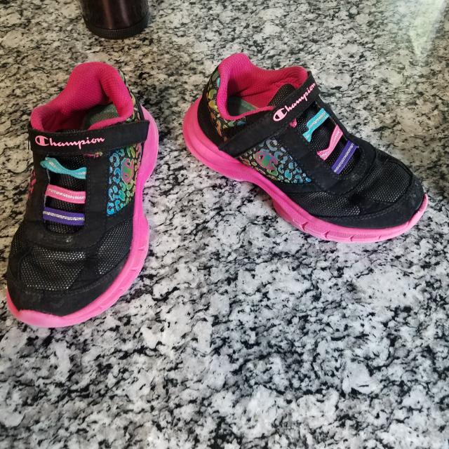 00b7947a0 Find more Cute Black And Silver Champion Girls Tennis Shoes Size 12 ...