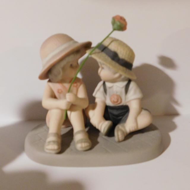 Best Pretty As A Picture Figurine For Sale In Appleton Wisconsin