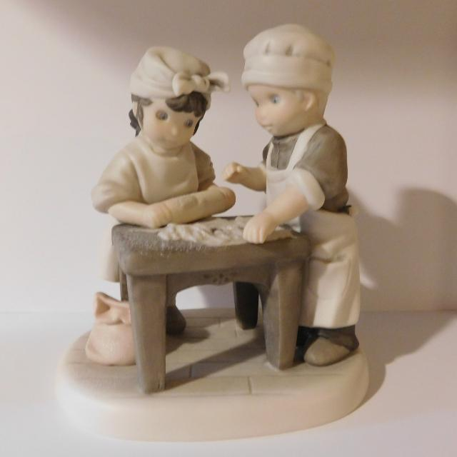 Best Pretty As A Picture Figurines For Sale In Appleton Wisconsin