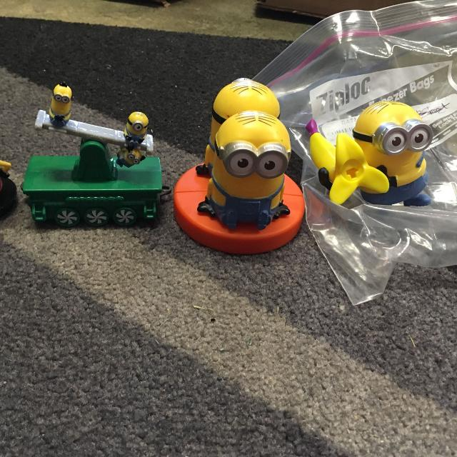 Best Four Minion Toys One Is For The Mcdonalds Holiday Express