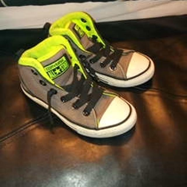 dd69405285e3b8 Best Boys Size 12 Converse High Top Sneakers for sale