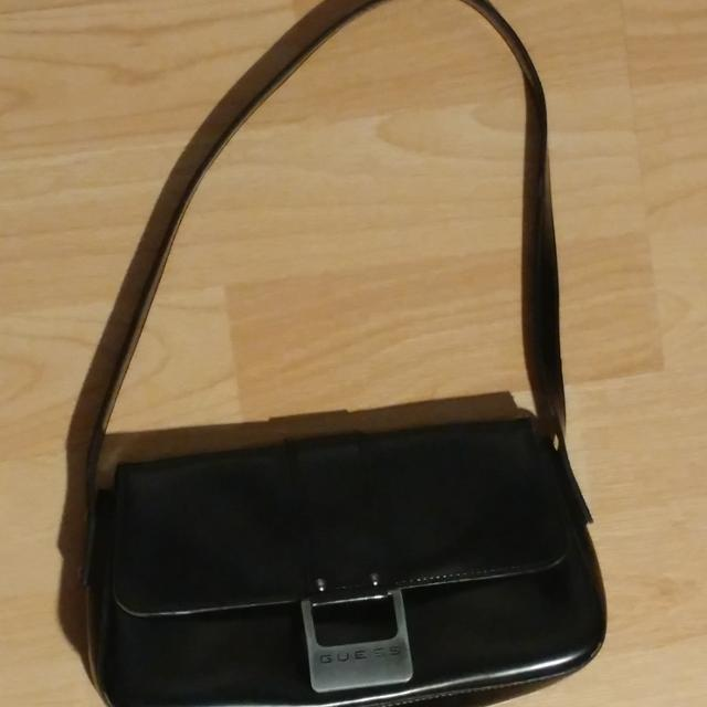 9b44cf7dae Find more Little Black Guess Purse for sale at up to 90% off