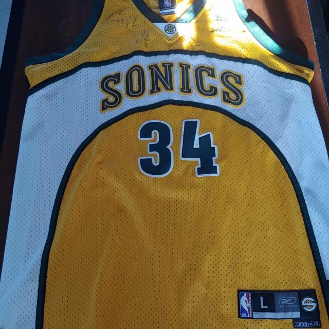 new arrival 6c71c 7597a Signed sonics jersey