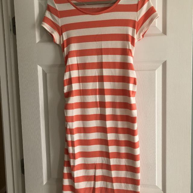 f819c4052c7ae Find more Liz Lange Maternity T-shirt Dress - Size Small for sale at ...