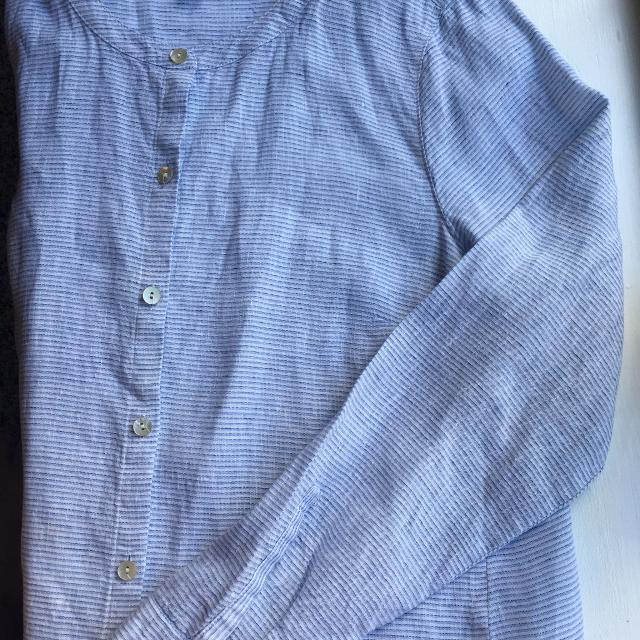 fb3c8d8d8c978 Find more J Jill Love Linen Button Down Side Tie Tunic for sale at ...