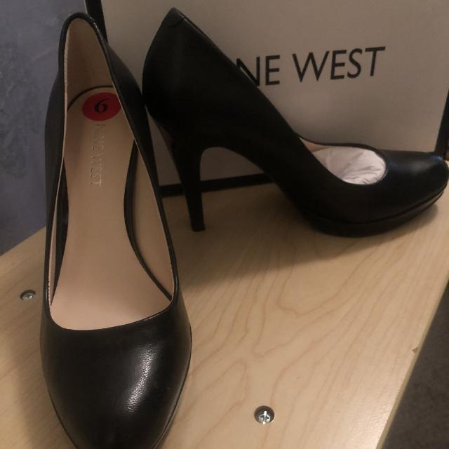 special sales fresh styles on feet shots of New in box - Nine West black high heels size 6