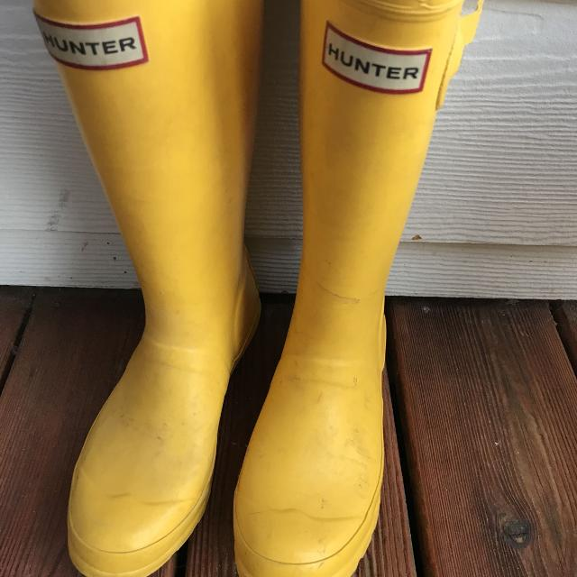8d7bb1bd5 Find more Hunter Boots Youth Size 2m/3f for sale at up to 90% off