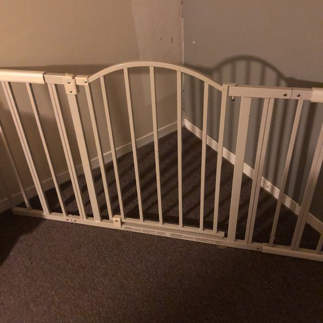 Find More Extendable Baby Gate Up To 6 Feet For Sale At Up To 90 Off