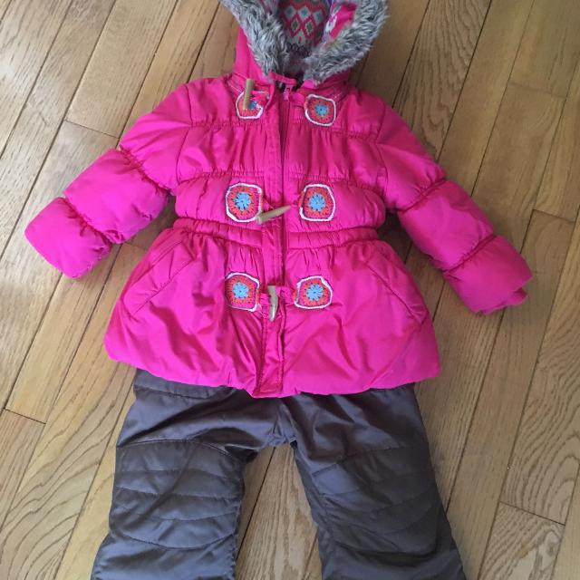 832bdd5967c Find more Joe Fresh Snowsuit (size 2) for sale at up to 90% off ...