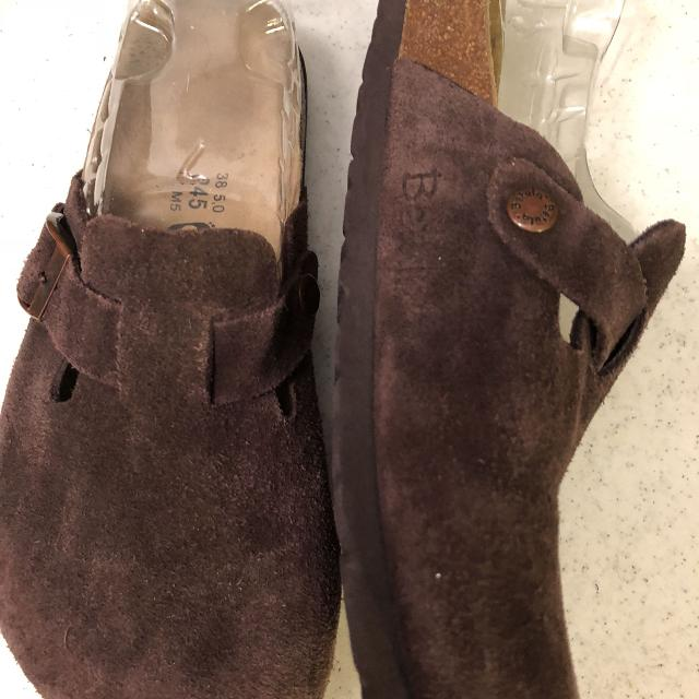 c6bce734c847 Find more Betula By Birkenstock Suede Mules Womens Size 38  7.5-8 ...