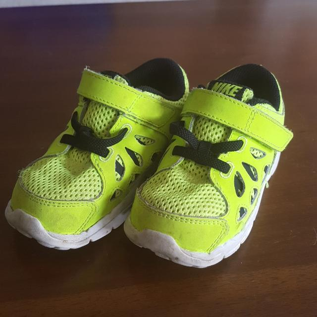 2c2afe1bb778fd Best Neon Yellow Nike Shoes for sale in Hendersonville