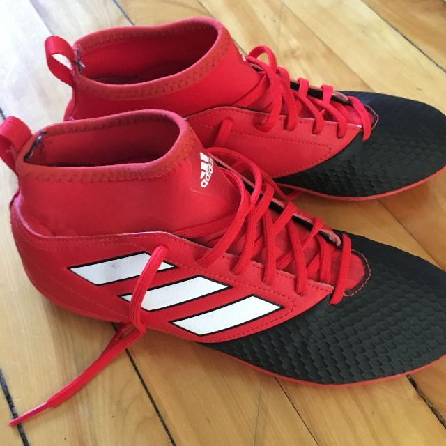 d8f7f2dd7c5 Find more Indoor Soccer Shoes (no Cleats) for sale at up to 90% off