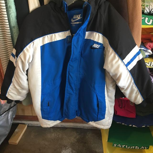 9f4a0ae1220d Find more Nike Boys Winter Coat W  Hood for sale at up to 90% off