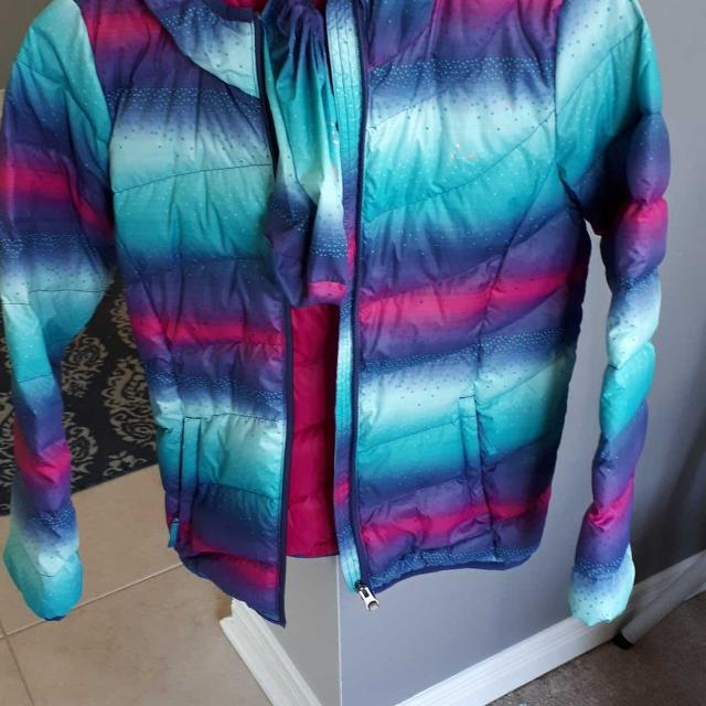 d8834e0cd Find more Brand New Girls Paradox Down Filled Jacket From Costco ...