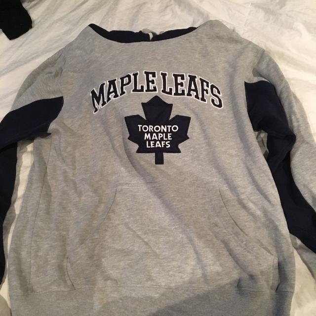 new style ceb2d d8d51 Toronto maple leafs hoodie