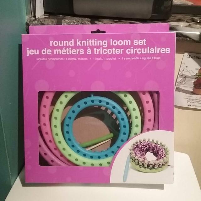 Best Round Knitting Loom Kit New Unopened For Sale In Dollard Des
