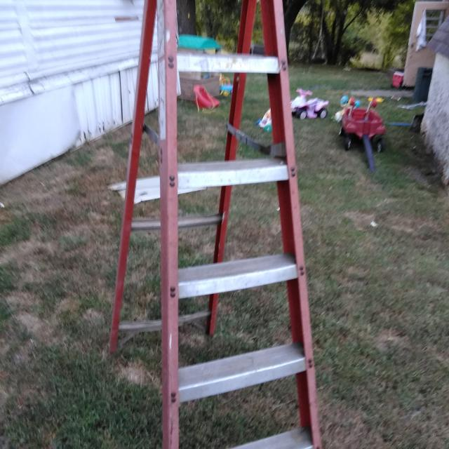 Find more A Frame Ladder for sale at up to 90% off - Jefferson City, MO