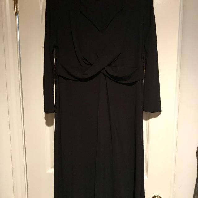 c5f8e3a44543f Find more Ann Taylor Maternity Dress- Size 12 for sale at up to 90% off