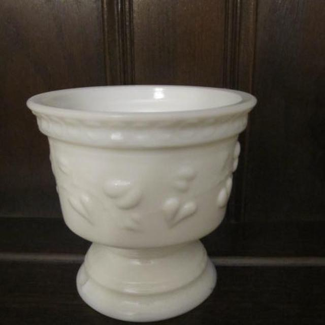 Best Milk Glass Vase Or Dish For Sale In Keswick Ontario For 2018