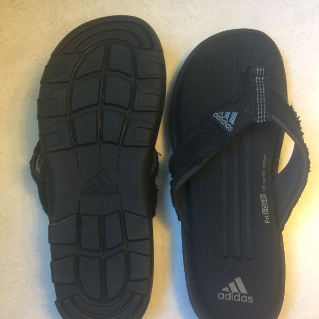 69044658ff7251 Find more Men s Adidas Memory Foam Flip Flops for sale at up to 90% off