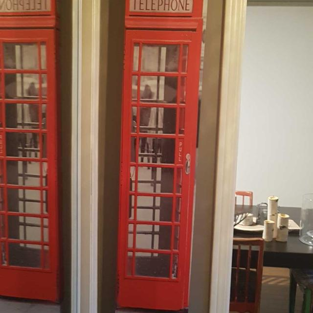 English phone booth canvas picture