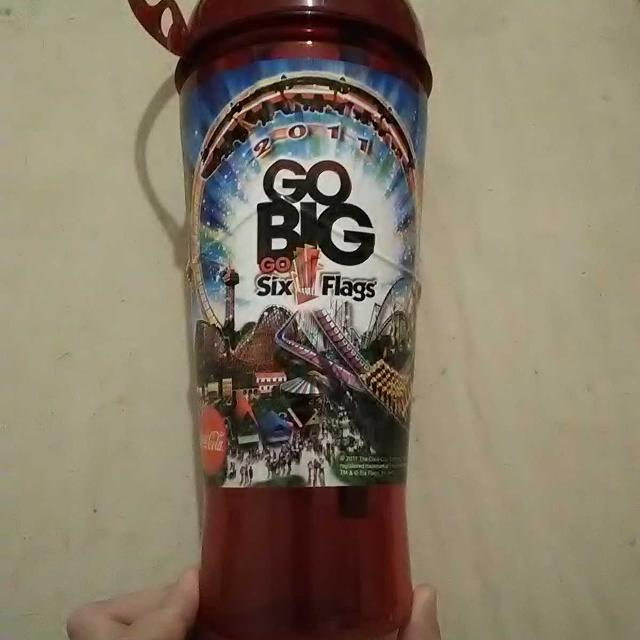 Six Flags bottle