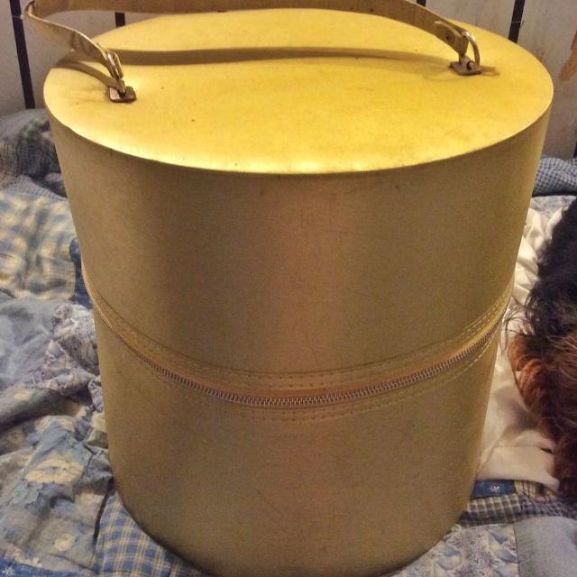 326944215d53d Best Vintage Hat Boxes for sale in Gardner