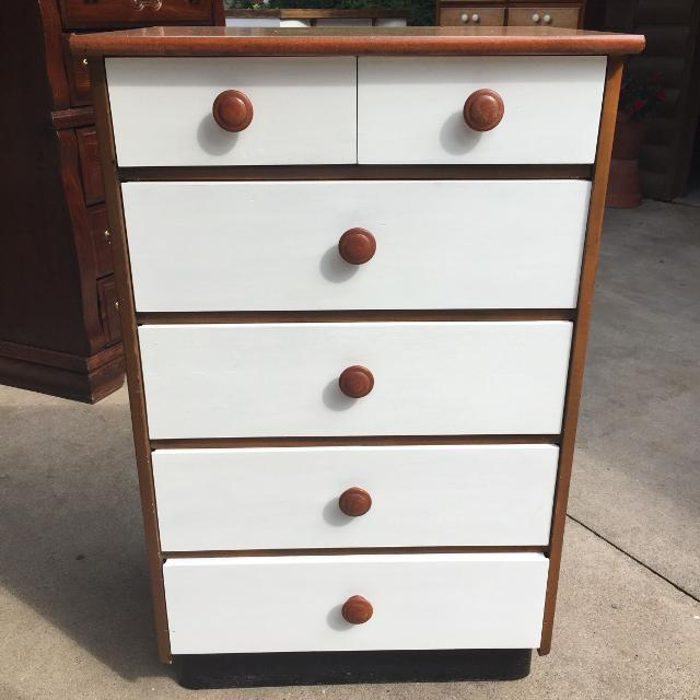 Cute Smaller White Dresser If Interested I Have 5 Other Dressers And 3 Nightstands Avail