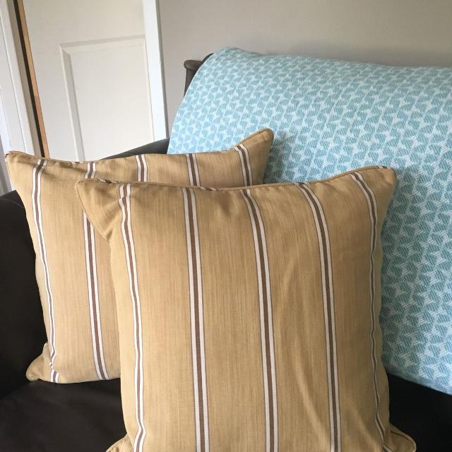 """Best Pottery Barn 40""""x40"""" Throw Pillows For Sale In Ajax Ontario Simple Pottery Barn Decorative Pillows On Sale"""