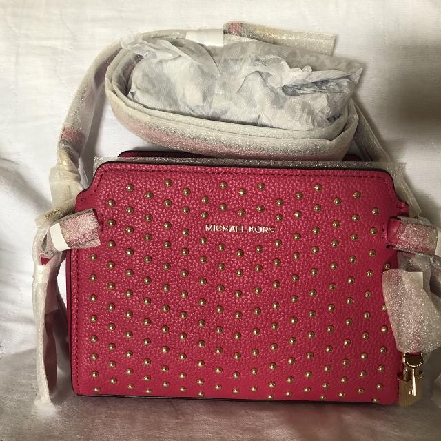 41e2e9af4a94e Best Michael Kors Bristol Leather Crossbody Ultra Pink for sale in Vaughan