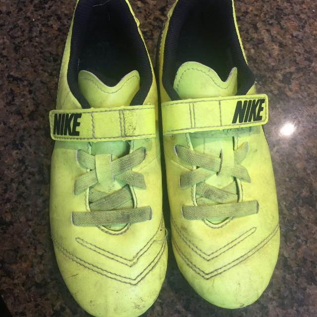c536cdc9e726 Find more Kids Soccer Cleats / Nike / Size 13 for sale at up to 90% off