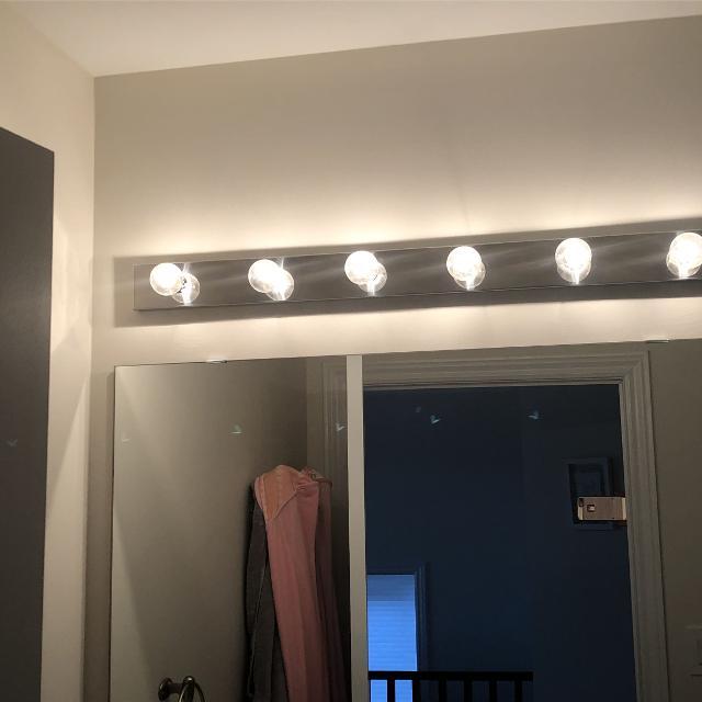 3 Bathroom Vanity Lights