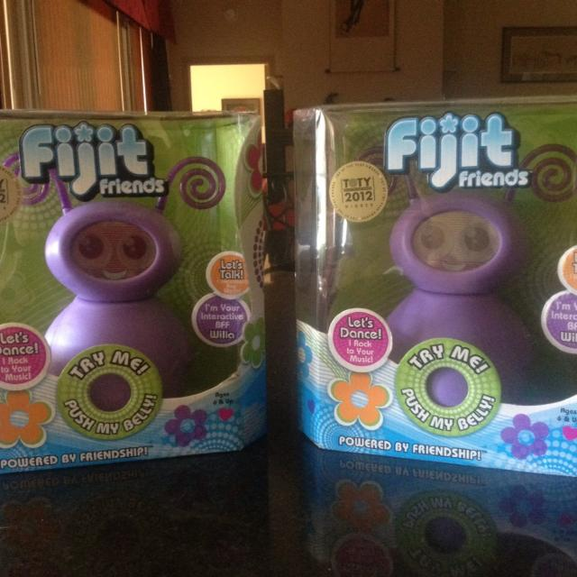 Best 2 Fijit Friends Willa Brand New In Box 20 Each Regular