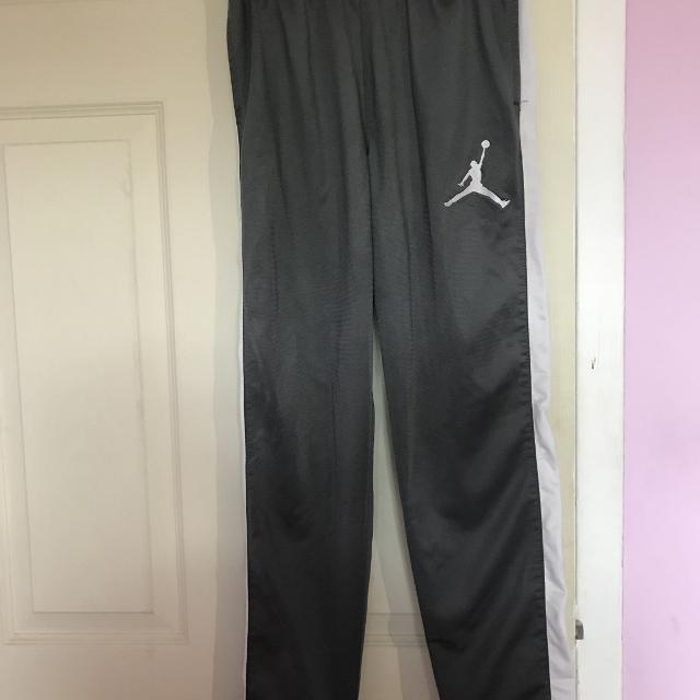 b4609f8ea744f5 Find more Air Jordan Joggers for sale at up to 90% off
