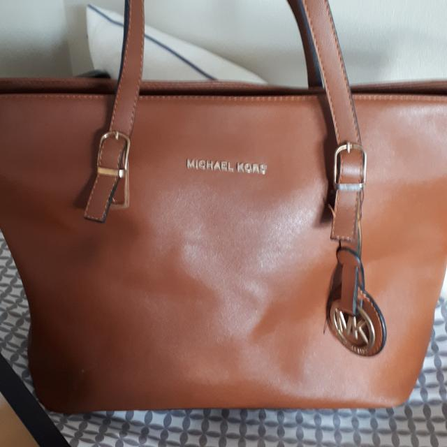 cdaf2053e Best Class A Replica Michael Kors Tote Bag for sale in Yorkville, Ontario  for 2019