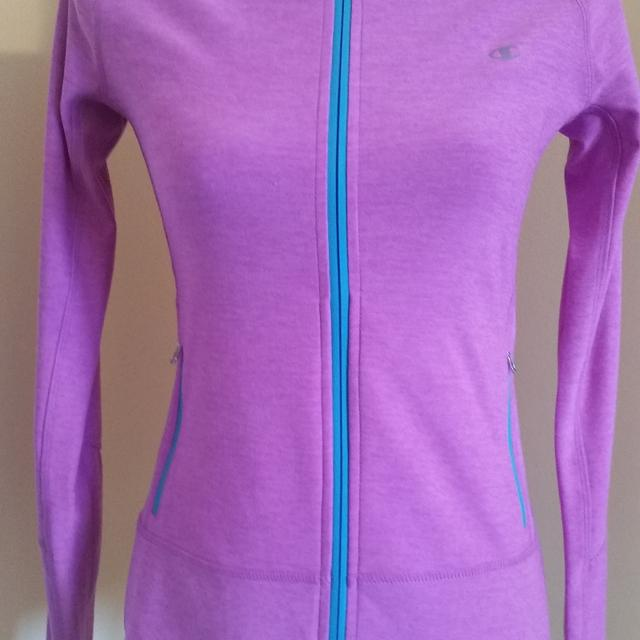 e45c027bc96f Best Euc - Women s Champion Zip Up Running Gym Workout Jacket Size Xs Extra  Small for sale in Oshawa